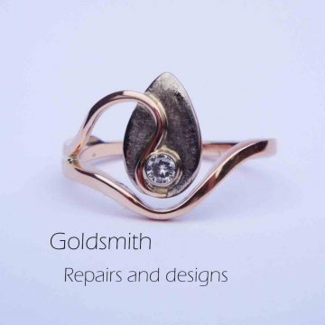 Goldsmith remember ring